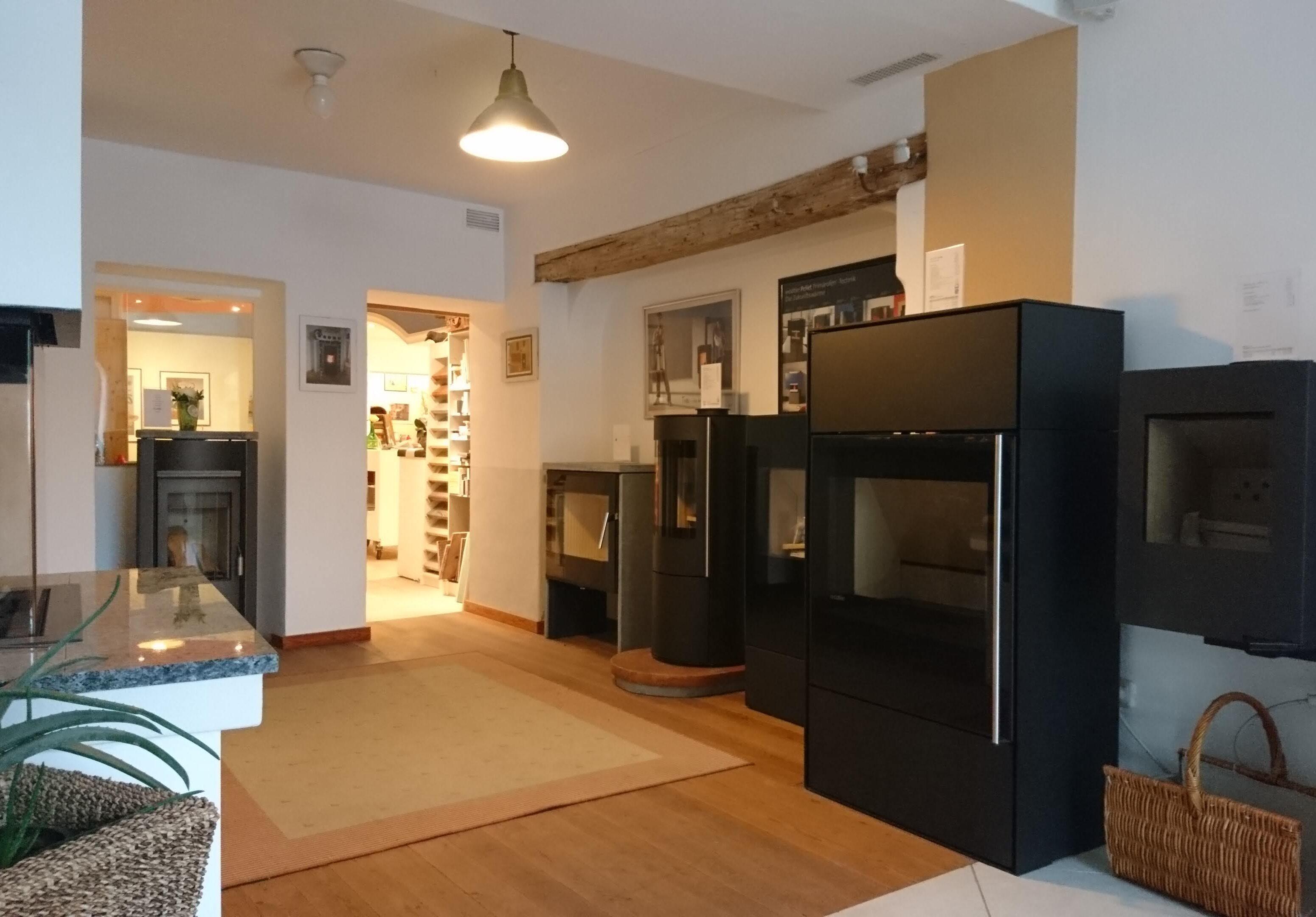 Kaminofen-Studio Ofenbau Weiss